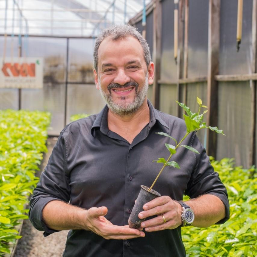marcello-guimaraes-ri-iplant-forest-mahogany-roraima-circular